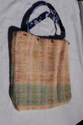 Donna - carpet bag