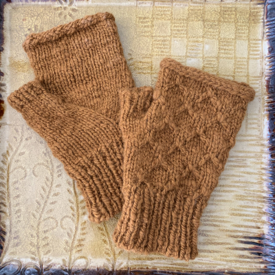 Michelle -- fingerless mitts